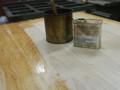 通常のオイルよりも輪ジミができにくい特殊塗料を使いました。
