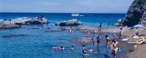 西鯨波海水浴場