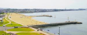 下関市・西山海水浴場(ひこっとらんどマリンビーチ)
