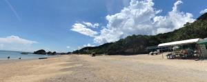 南城市 新原ビーチ(みーばるビーチ)