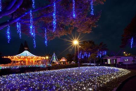 みろくの里イルミネーション 音と光の遊園地