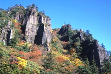 紅葉の立久恵峡