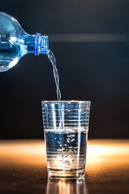 水 ウイスキー