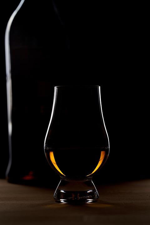 ウイスキー グラス