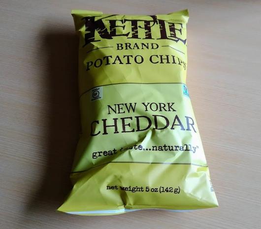 iHerb ケトルチップス ニューヨークチェダーチーズ