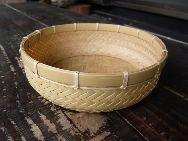 輪口編みカゴ