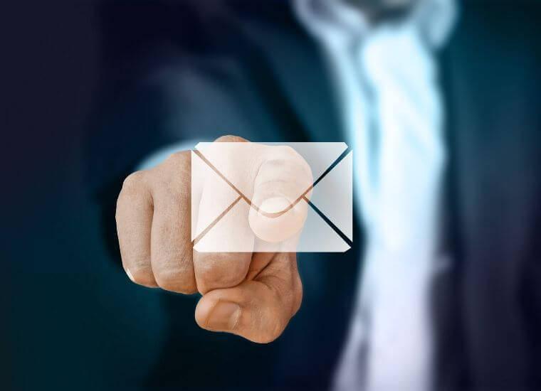 仕事が出来る人はメールのレスポンスが半端ない