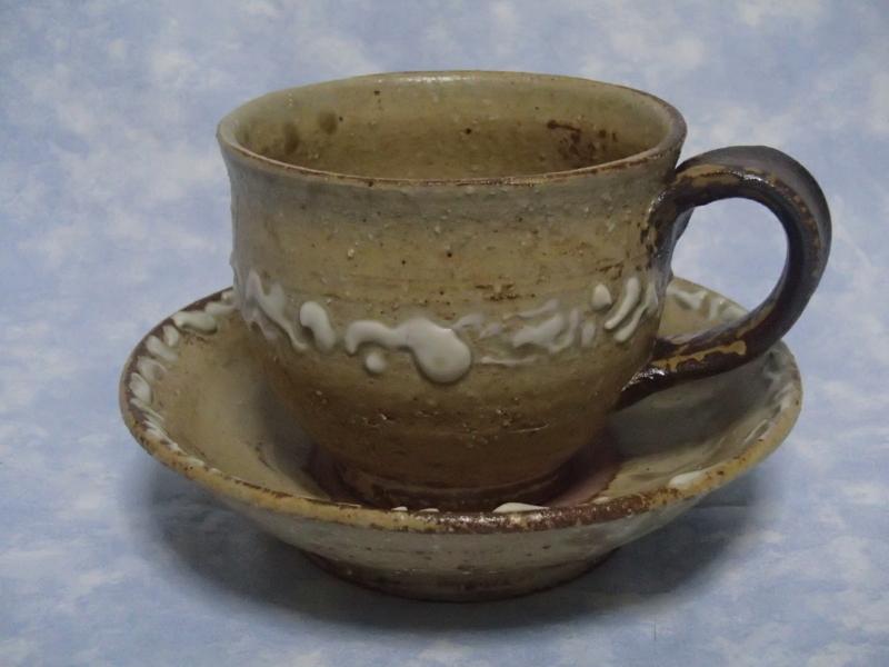 灰釉泥彩文カップ cup&saucerセット ¥3000 size