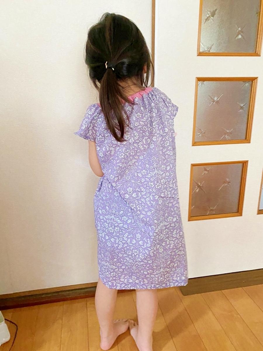 女の子のシンプルでかわいい服 ひらひら袖のブラウス ワンピースアレンジ 今日これ作りました。