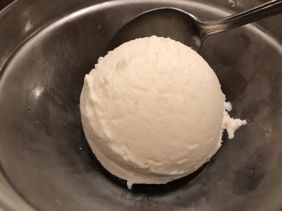 メーヤウ おすすめ ココナッツアイス