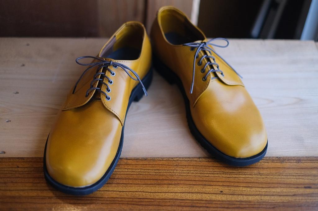 仕事納めの靴作り