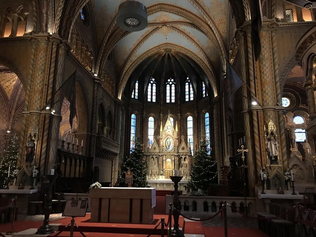 マーチャーシュ教会の主祭壇