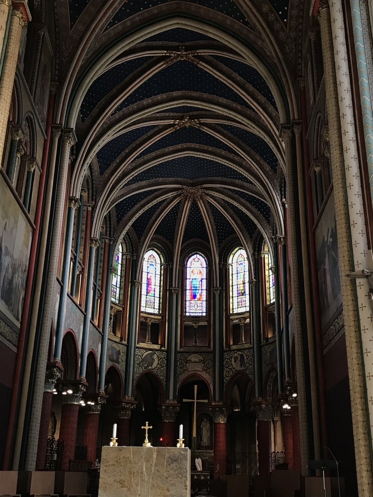 サン・ジェルマン・デ・プレ教会内部