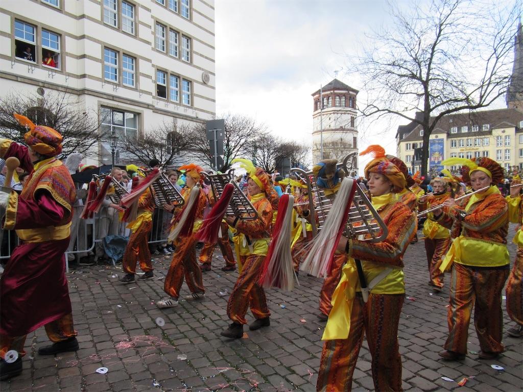 Rosenmontagのパレードの様子