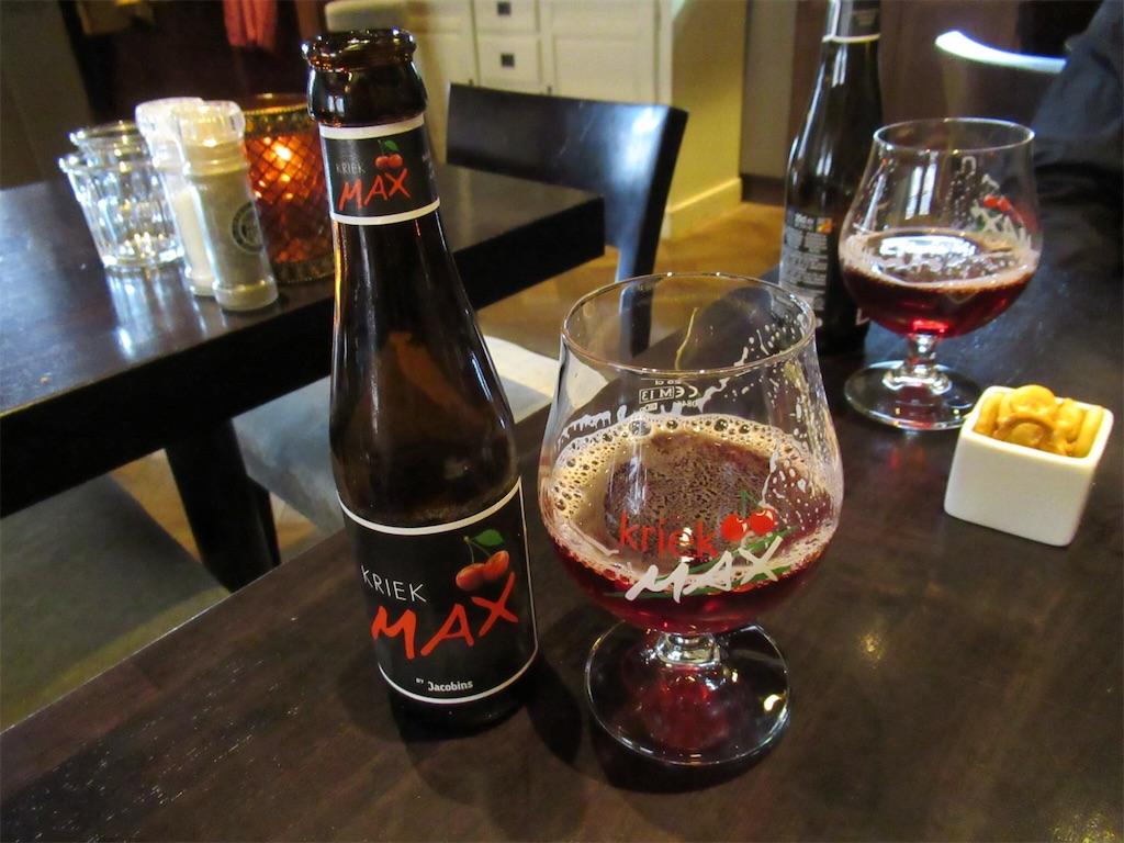 ブルージュ「T Schrijverke」のチェリービール