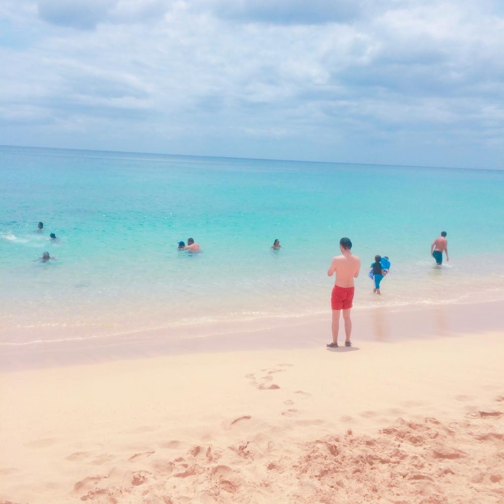 ナナクリビーチでお尻に水着が食い込んでる写真