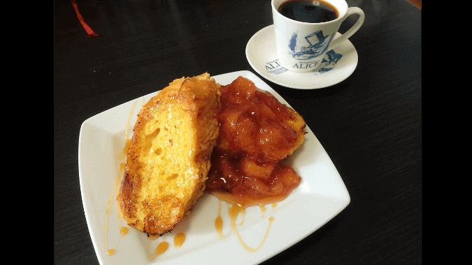 桃ジャムのフレンチトースト