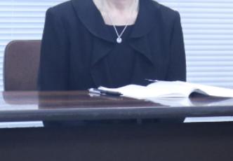 神奈川県庁知事室,パワハラ,自殺,職員,母親