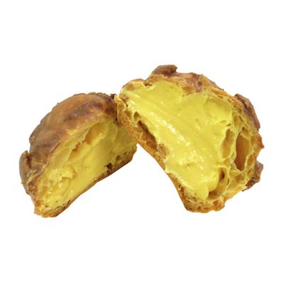 ファミリーマートのザクザク食感のクッキーシュー