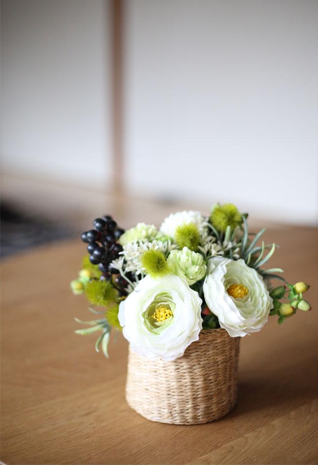 100円ショップの造花で作るフラワーポットの作り方③