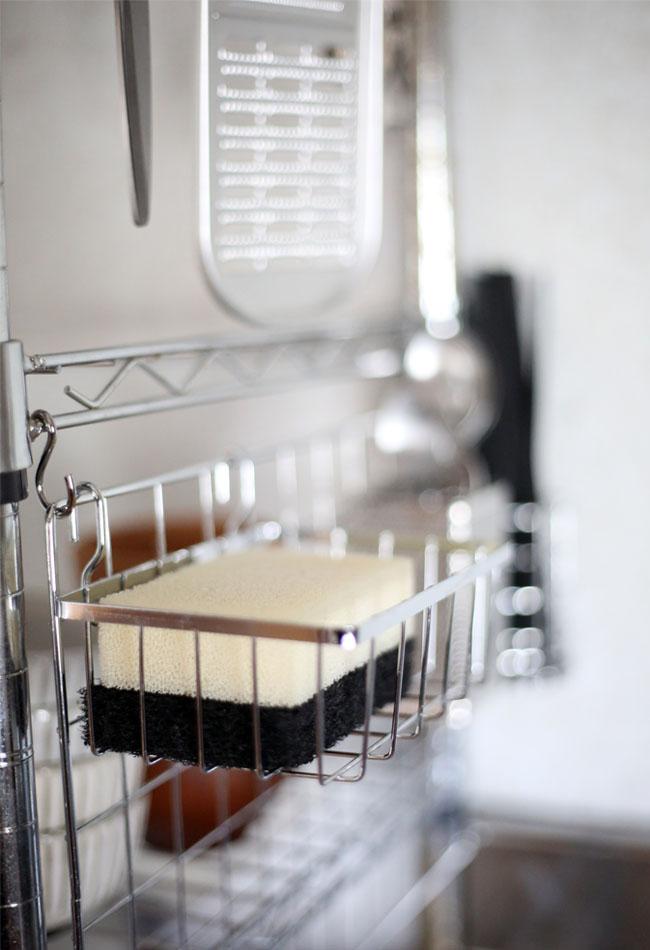 キッチンのスポンジ収納