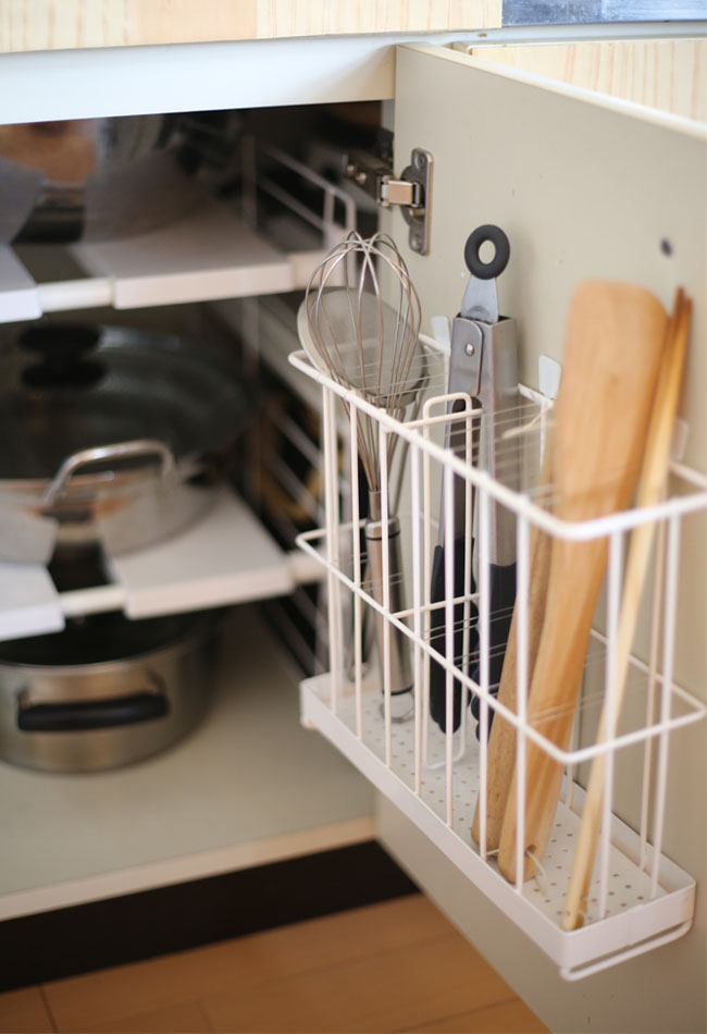 キッチンシンク下の扉 整理収納