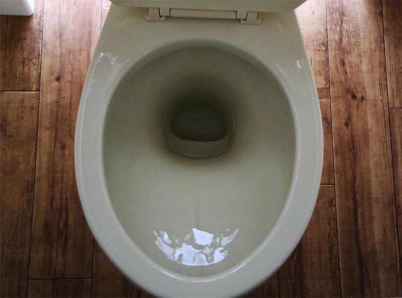 トイレの黒ずみ掃除後