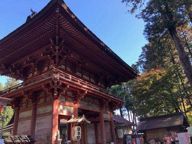 東本宮楼門