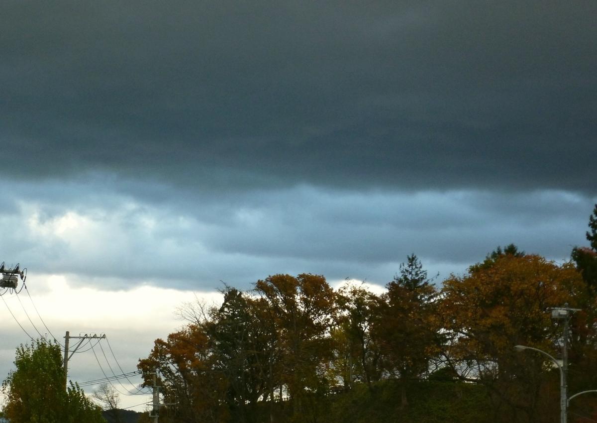 初冬のグラデーション豊かな雲たち