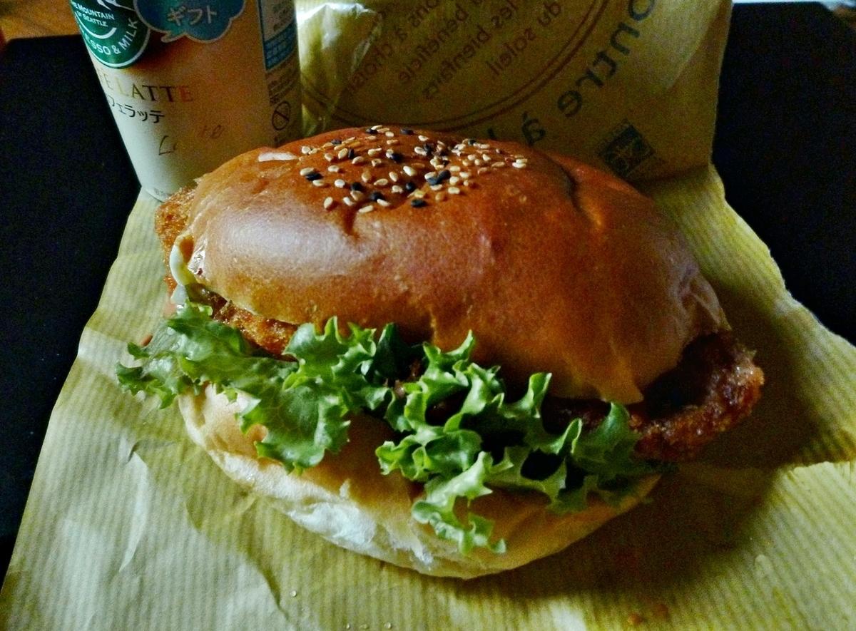 フィレオフィッシュ ハンバーガー