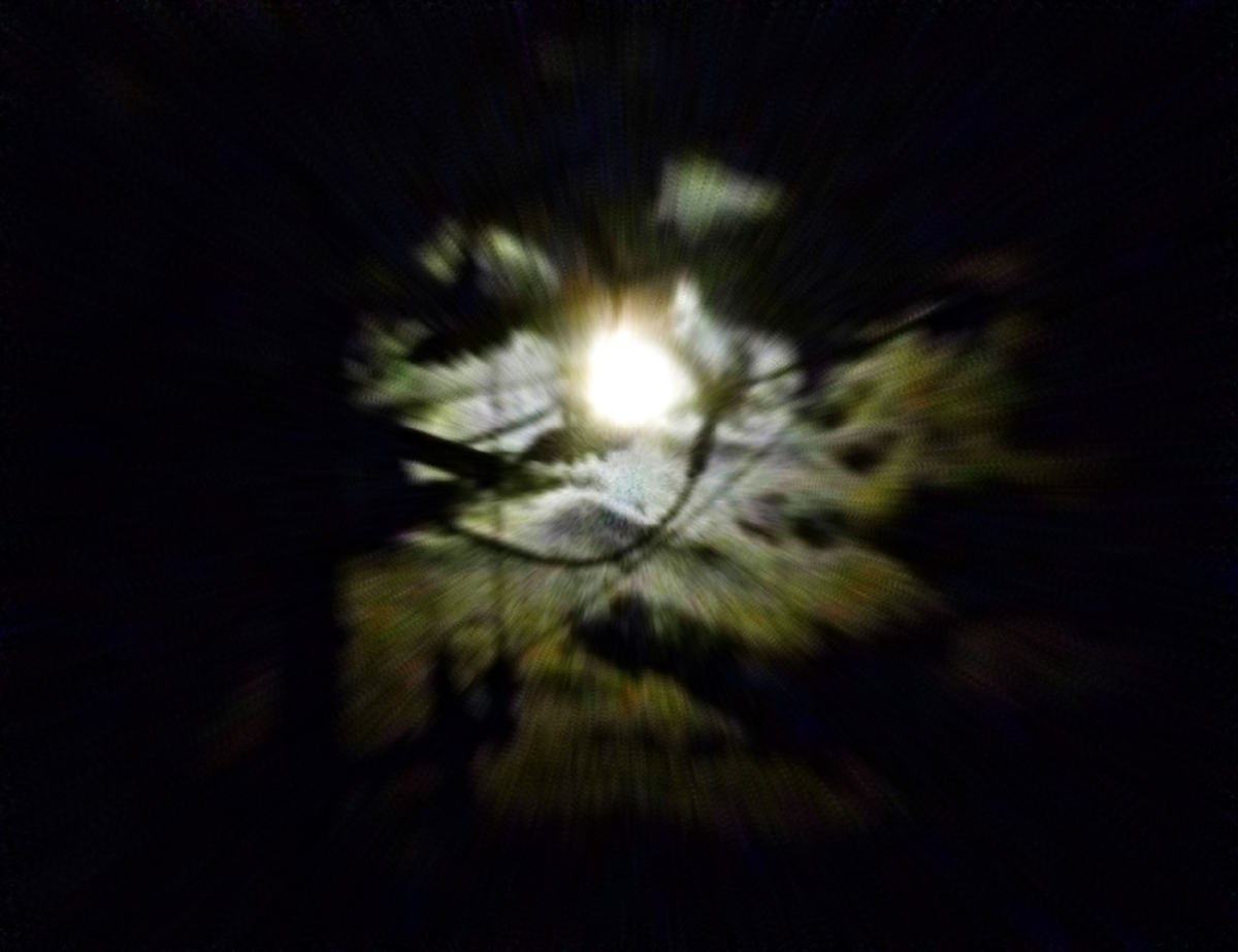 月と雲と電柱