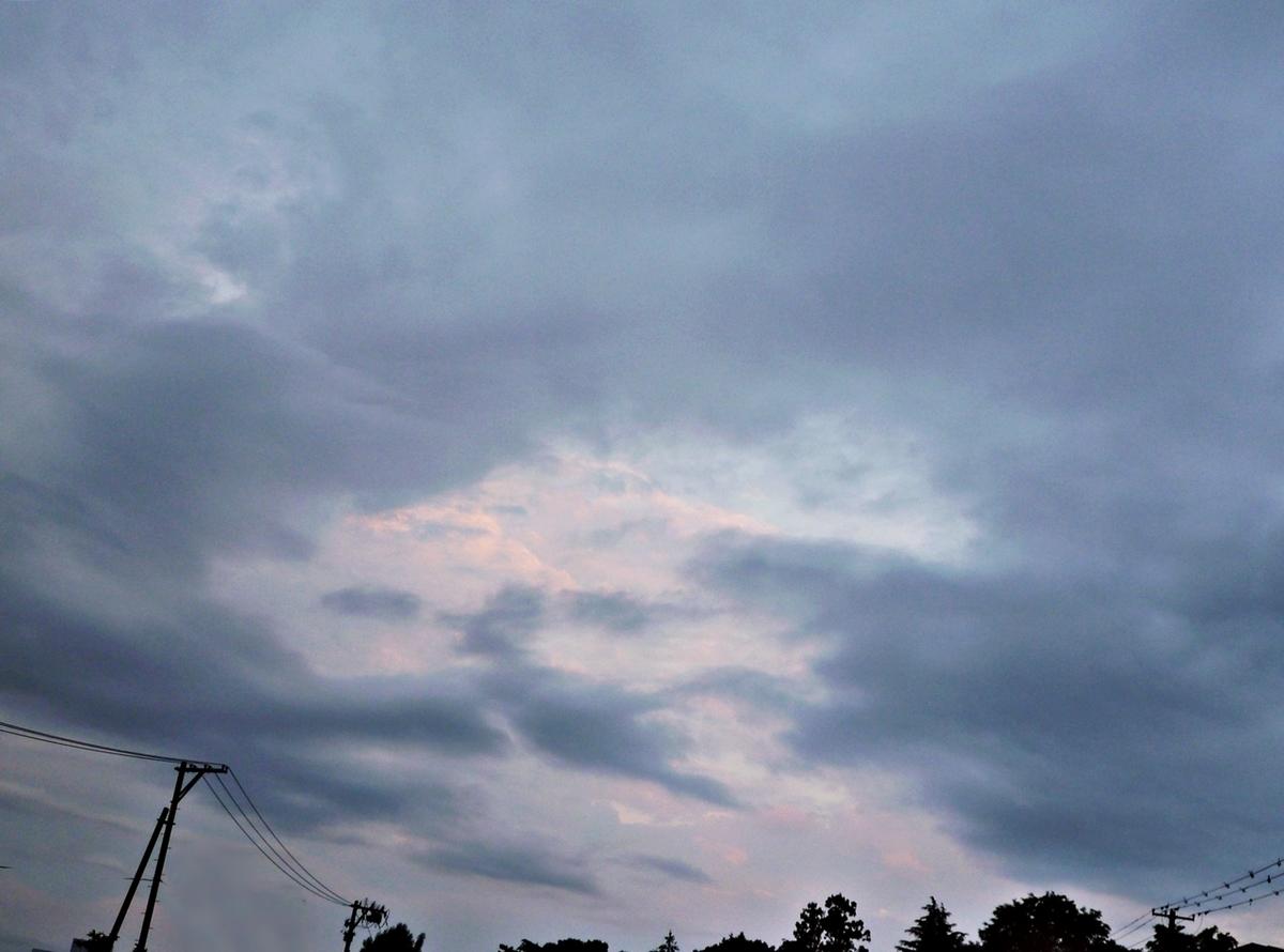 22日 夕方の雲