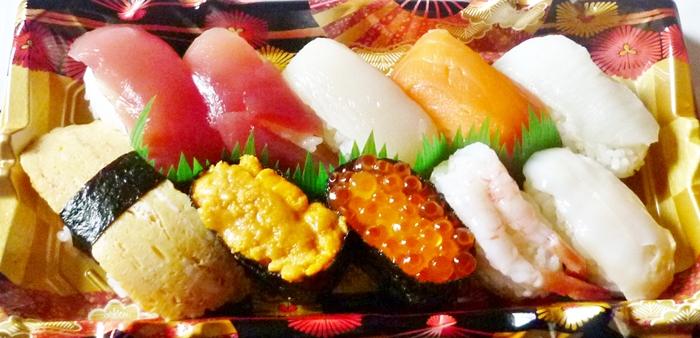スーパーのお寿司