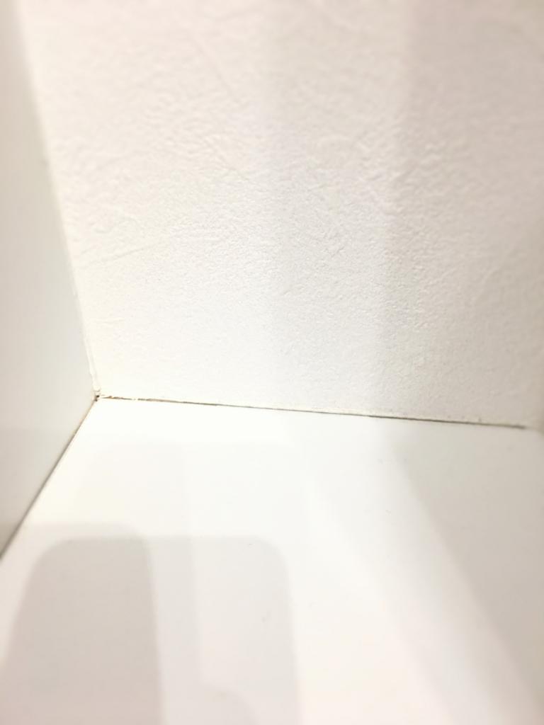 新築 クロス 壁紙 のひび 剥がれを直してもらいました 我が家は