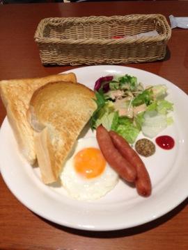 関空での朝食