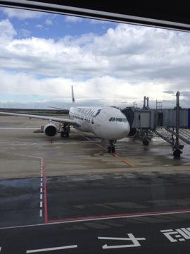 ヘルシンキ行きフィンランド航空