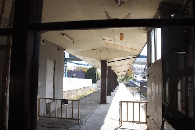 十和田観光電鉄三沢駅のホーム跡