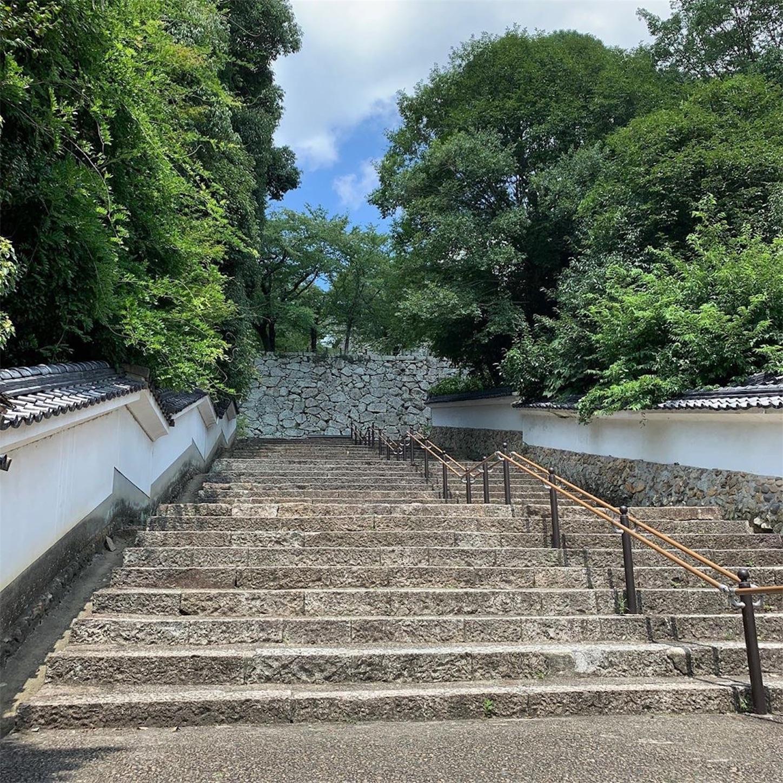 鶴山公園入口