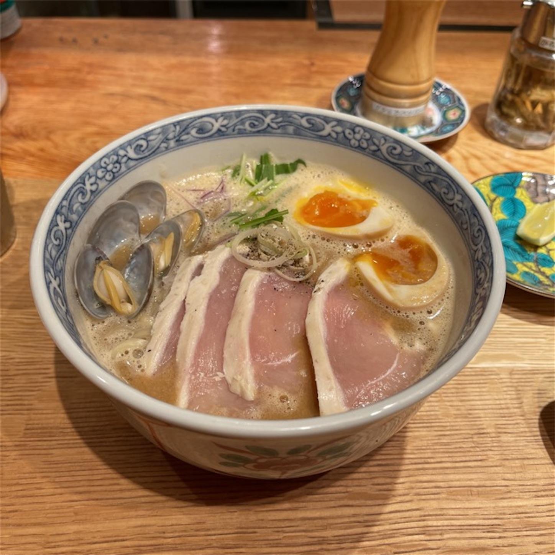 島田製麺食堂の魚貝鶏白湯味玉入り