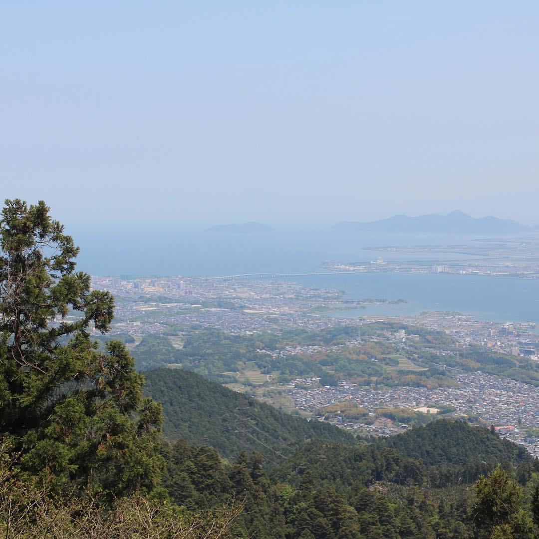 眼下の琵琶湖