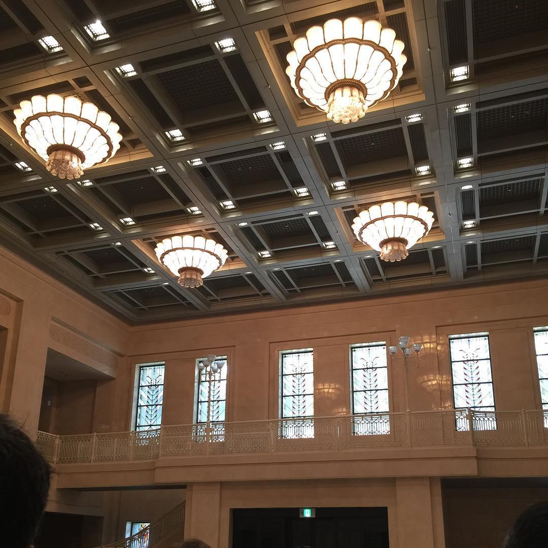 大阪市役所玄関ホール