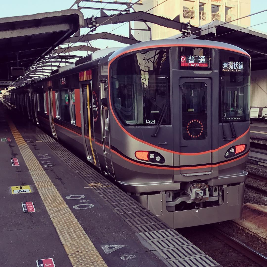 大阪環状線の新型車両323系
