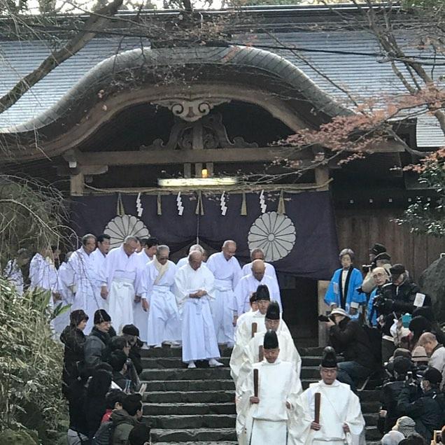 神職と氏子総代の入場
