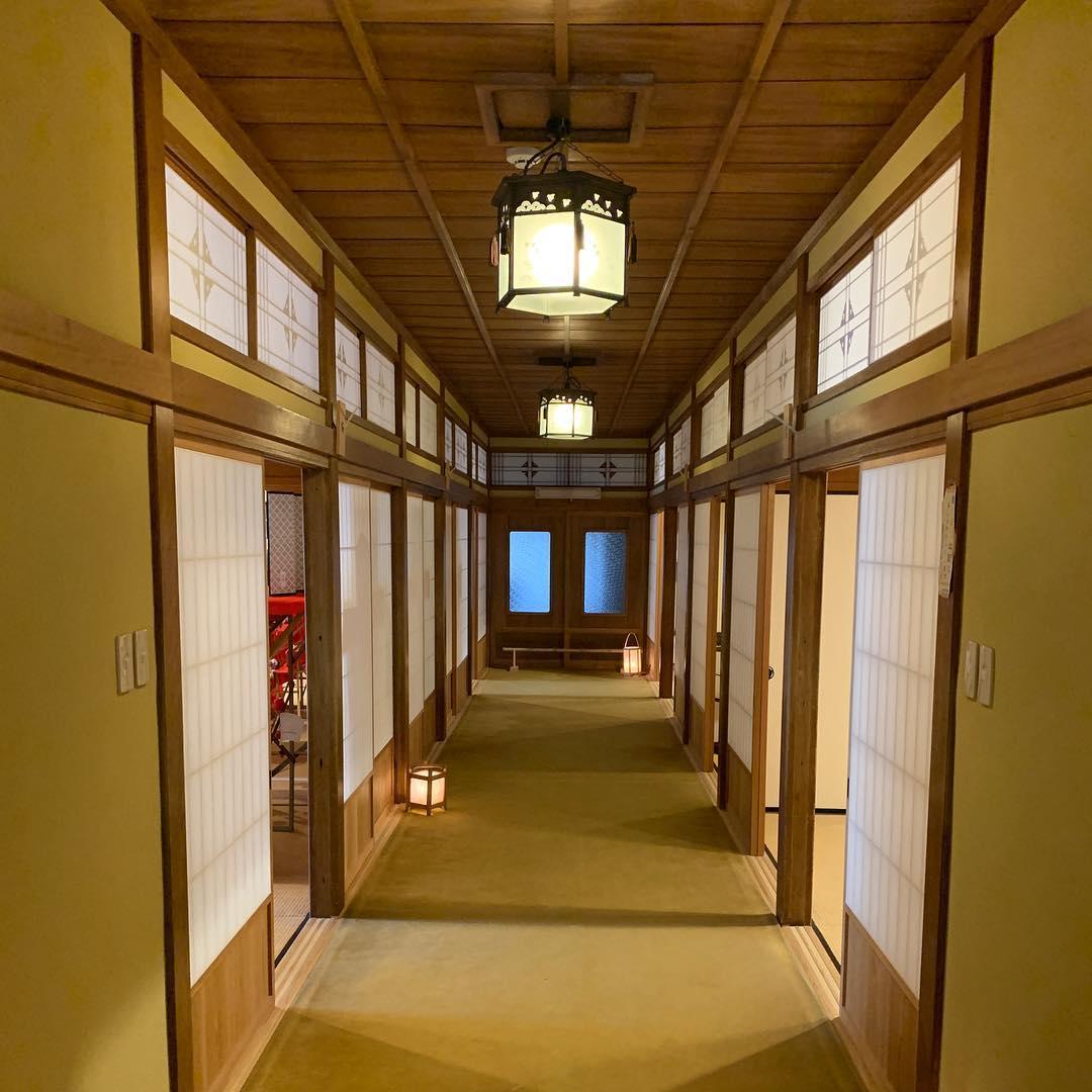 賓日館の内部