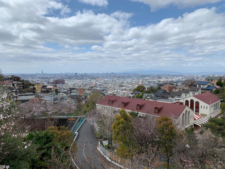 日中に大阪平野を一望