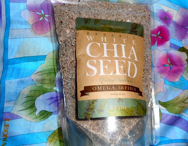 チアシードはオメガ3脂肪酸や食物繊維が豊富