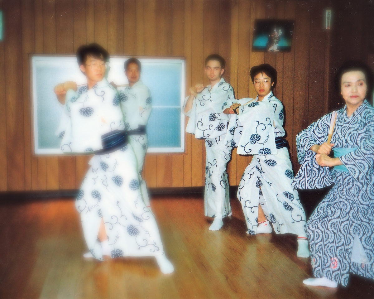 徐言偉、中国武術と日本舞踊を習う