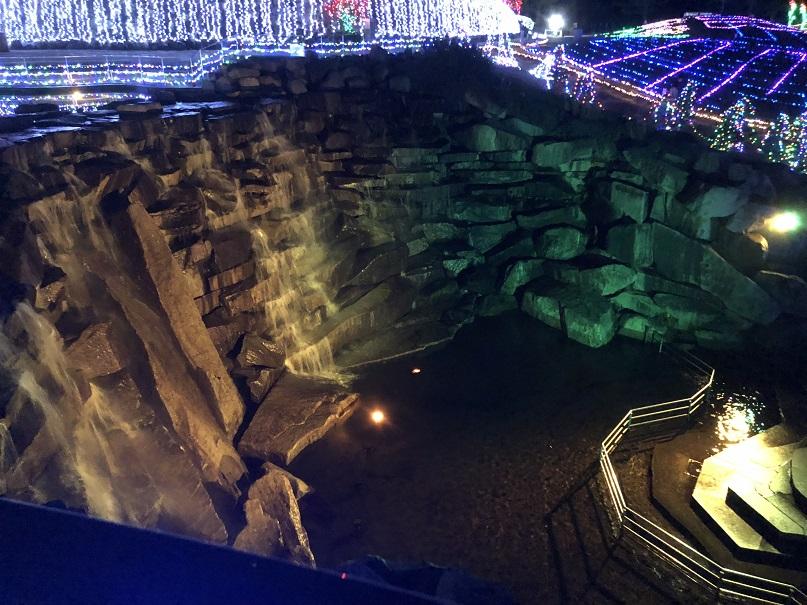 上からみた昇竜の滝