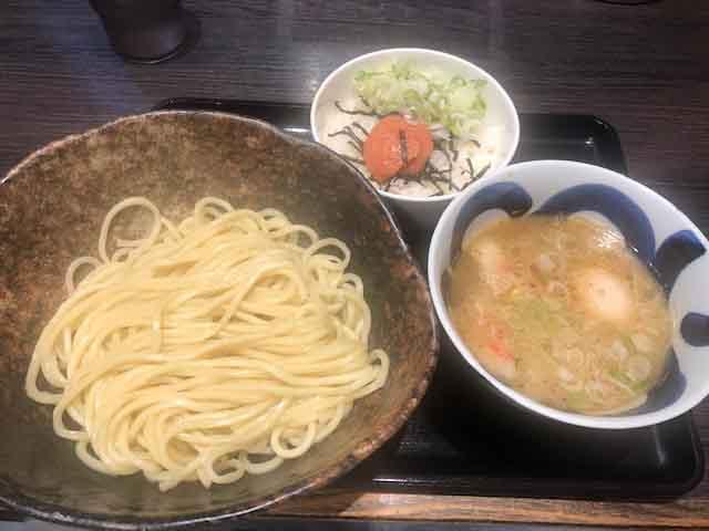 f:id:yasukuratonio:20190928010648j:plain