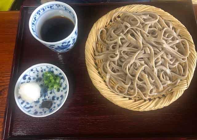 f:id:yasukuratonio:20191110010402j:plain